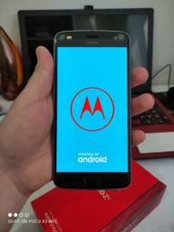 "Smartphone Motorola Moto Z2 Play Dual Chip Android 8.0 Tela 5.5"" Octa-Core 64GB- Platinum"