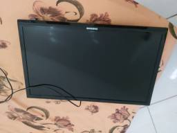 TV Samsung 18