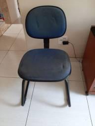 Vendo cadeira