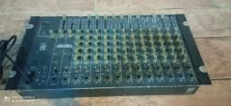 (retirada de peças) mesa de som