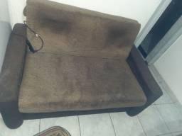 Título do anúncio: Sofa que vira cama(ENTREGO SE FOR PERTO)