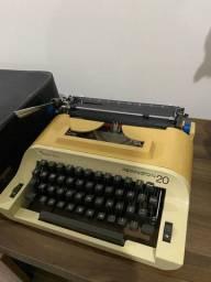 Máquina de escrever - Remington 20, Sperry Rand.