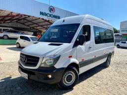 Título do anúncio: 2019 Van Sprinter T.Alto 415 Mercedes Benz 16 lug