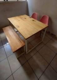 Título do anúncio: Mesa de madeira com banco