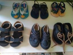 Sapatos e roupinhas