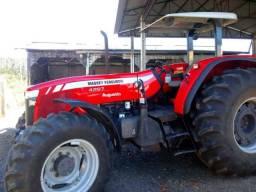 Trator Massey Ferguson 4297 ano 2015