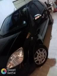 Vendo Ford Fiesta Sedan - 2007