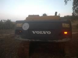 Escavadeira Volvo EC240 08/08