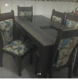 Mesa 6 cadeiras Semi Nova