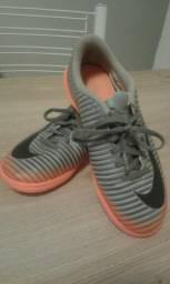 Tênis de Futsal - Nike - Nº 34 -Pouco tempo de uso 69035a4660433