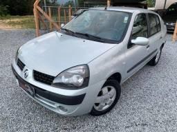 Renault Clio Privilege 1.0 Completo 2003/2004 - 2004