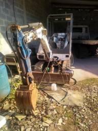 Mini escavadeira Bob Cat 325