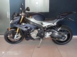 BMW S1000r estudo troca