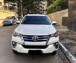 Toyota SW4 SRX 2.8 Diesel 7 Lugares Automática 4x4 Blindada