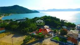 Casa na Enseada de Brito, Palhoça - 3Dorm com Piscina entre a Serra e o Mar - Temporada