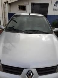 Clio Sedan 1.6 Completo Com 122 mil km lindo super conservado - 2006