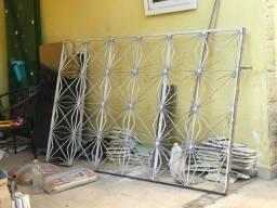 Janela  de ferro 2,00x1,20 com vidros