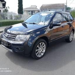 Suzuki Grand Vitara impecável ?
