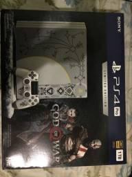 PlayStation 4 Pro Edicao limitada God of War - 4K - 1TB
