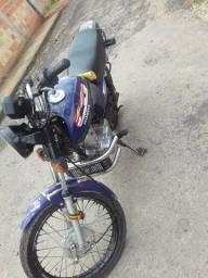 Moto Titan 99