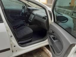 Fiat Punto 2011/12 1.4 8v Itália completo