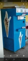 Troco maquina de sorvete italiano por carro