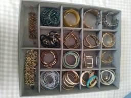Organizador de jóias,  bracelete e pulseiras ou relógios
