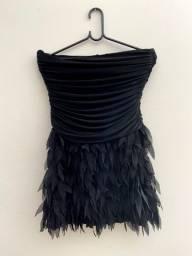 vestido de festa preto com babados