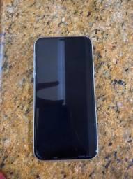 iPhone 11 64 G Novinho