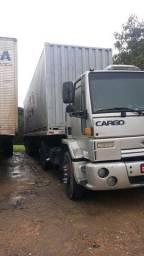 Conjunto, cavalo+carreta porta container  com container