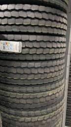 Título do anúncio: pneus novos rodas caminhão 275 295