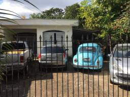 Título do anúncio: Duas Casas e Terreno Centro