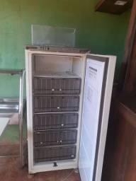 Vendo freezer consul 280 litros