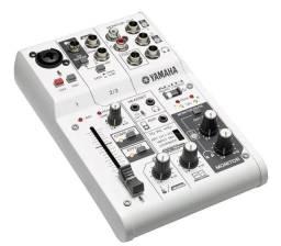Mesa De Som Yamaha Ag03 Com Interface Usb 3 Canais