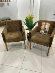 Título do anúncio: Cadeiras  acolchoadas na cor Marrom ,disponível para entrega