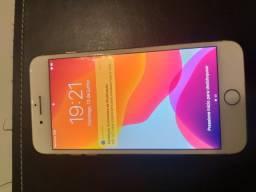 IPhone 8 Plus dourado com NF e caixa