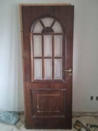 Título do anúncio: Porta de Entrada 82cm com detalhes em vidro