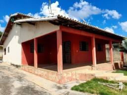 Vende Casa 03 quartos sendo 01 suíte - bairro São Caetano - Luziânia