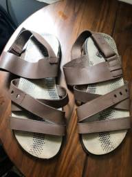 Sandália masculina de couro 42