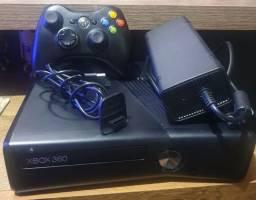 Título do anúncio: Xbox 360 slim 250GB
