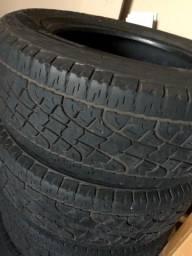 Pneus Pirelli aro 17 Scorpion 265/65-17