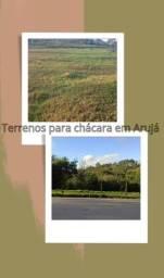Título do anúncio: Terrenos em Arujá escriturados para moradia ou investimento com infraestrutura inclusa !