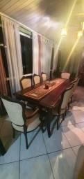 Mesa artesanal de Imbuia