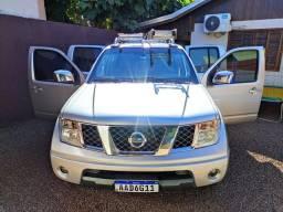 Nissan Frontier 2.5 4x4 Automática