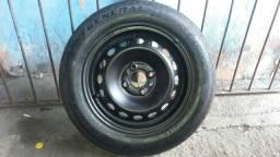 Título do anúncio: Roda fiat com pneu 200,00
