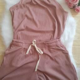 Título do anúncio: Conjunto blusa e short