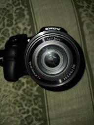 Título do anúncio: Vende se câmera fotográfica Sony