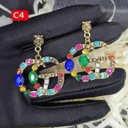 Lindo Brinco de luxo Gucci Chanel Burberry Dior Louis Vuitton Burberry Dior prada