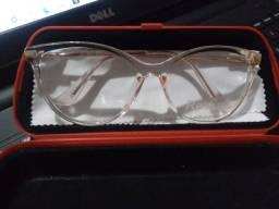 Vendo armação de óculos nova