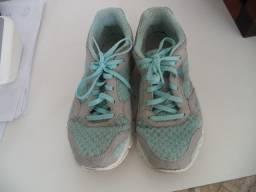 Título do anúncio: Tênis adidas feminino original azul claro -37 - Somente wats